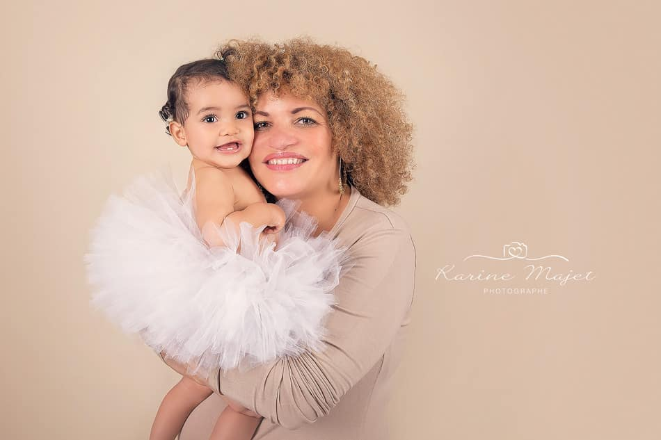 photo de famille amour maman et sa fille Karine Majet photographe