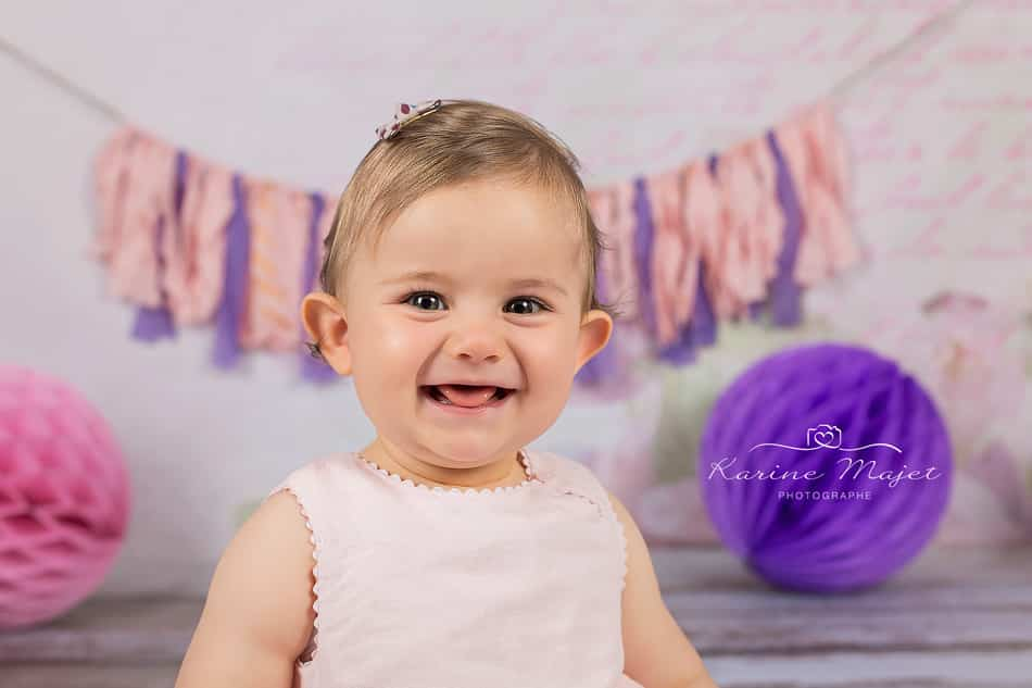 photo-anniversaire-bebe-decoration-smash-the-cake-karine-majet-photographe
