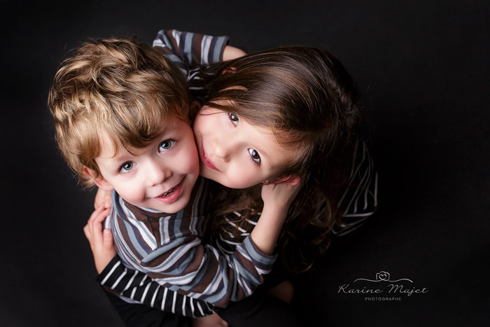 seance-photo-enfant-78-frere-soeur-studio-photo-karine-majet-photographe