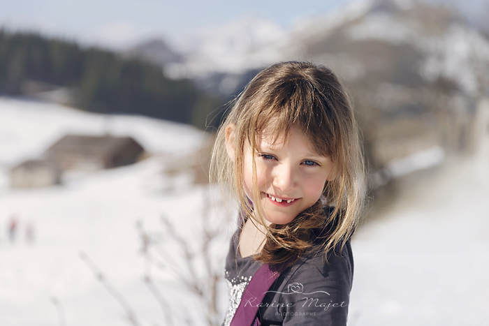 photo-enfant-ski-portrait-fille-karine-majet-photographe