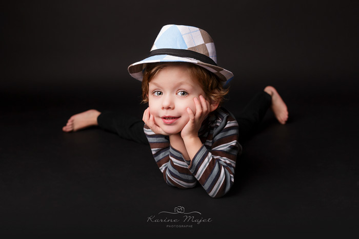 seance photo enfant garcon book yvelines studio photo karine majet photographe
