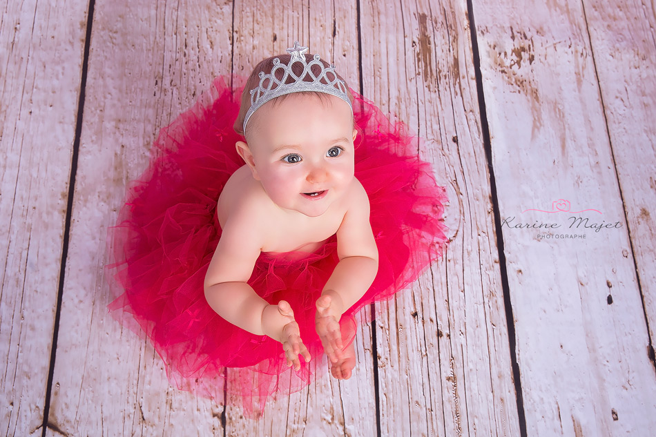 shooting photo petite fille en tutu couronne karine majet photographe