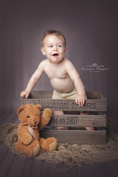 happy-birthday-images-baby-bot-fun-karine-majet-photographer