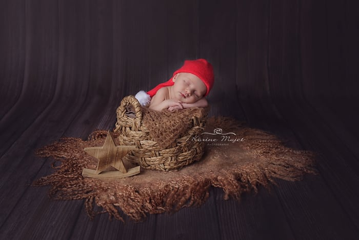 newborn-images-christmas-baby-pictures-star-props-karine-majet-photographer