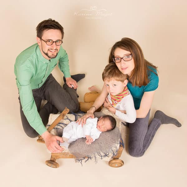 newborn-photos-family-picture-karine-majet-photograph