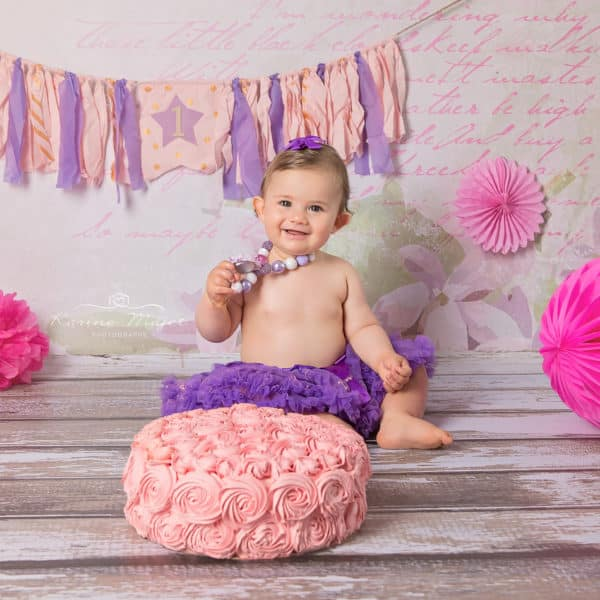 smash cake photo session smiling baby Karine Majet photographe